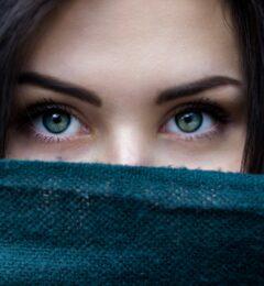 Masques pour atténuer les cernes et les poches sous les yeux