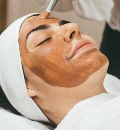 Masque à l'argile pour peau sèche